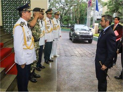 Hay cambios en las FFAA para ascenso de militares