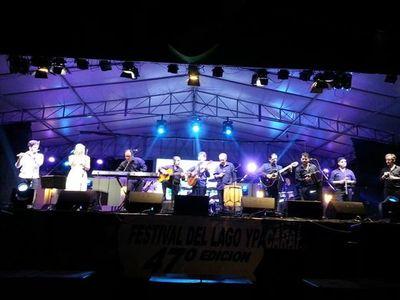 """Generación ganó el Trofeo """"Recuerdos de Ypacaraí"""" en Festival del Lago"""