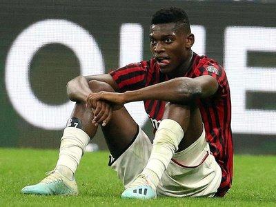 El Milan toca fondo ante Fiorentina y roza la zona de descenso