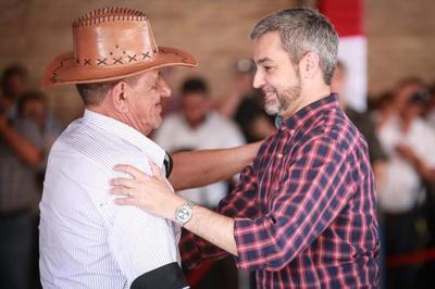 Gobierno entrega apoyo para la mecanización de la agricultura familiar y lanza campaña de sésamo en San Pedro