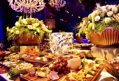 HOY / Fastuosa fiesta, 300 invitados,  con Alex Rose y Bacilos: buen  vivir de ex recaudador de Efraín