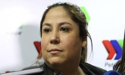 """HOY / Denuncia contra la titular de  Petropar """"se perdió"""" en la   fiscalía y vuelta a empezar"""