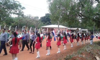 Desfile en homenaje a San Miguel