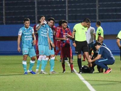 Cerro-Santaní: El árbitro se lesionó y fue cambiado