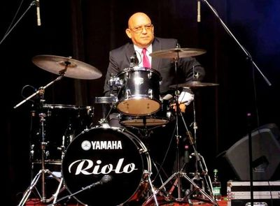 Homenaje a Riolo Alvarenga