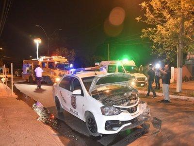 Violento choque tras persecución policial deja 4 heridos en Villa Elisa