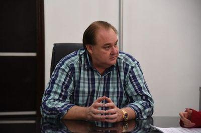 Movimiento de González Vaesken pide destitución de titular de la Fundación Tesãi