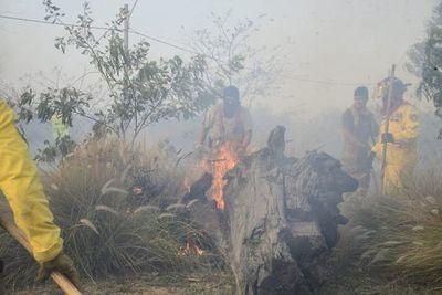 Incendio de gran magnitud en inmediaciones de Asunción