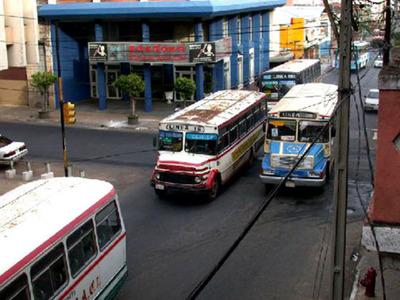 Transportistas anuncian paro el 9 y 10 de octubre