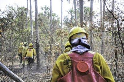 Parque Guasu en proceso de enfriamiento y en Cerro Chovoreca acabó el fuego gracias a lluvias