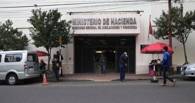Jubilados domiciliados en Banco Itaú cobrarán vía BNF desde diciembre