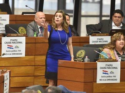 Kattya González critica reprogramación para pagar salarios a operadores