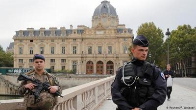 Al menos 4 muertos por ataque con cuchillo en sede de la Policía en París