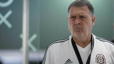 HOY / Martino reconoce que México crecerá poco si juega sólo con Concacaf