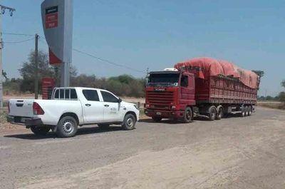 Camión sin documentos, pero lleno de carbón en Neuland