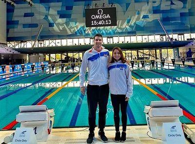 Hockin y Arrúa ya nadan en Hungría