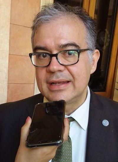 Julio Ullón ya no es jefe de Gabinete Civil del Presidente
