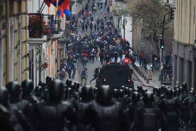Cientos de ecuatorianos detenidos durante protestas