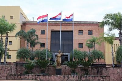 Corte Suprema suspende plazos procesales para Coronel Oviedo