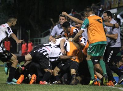 El '12' de Santo Domingo vence a Juventud y se despide de la Primera C