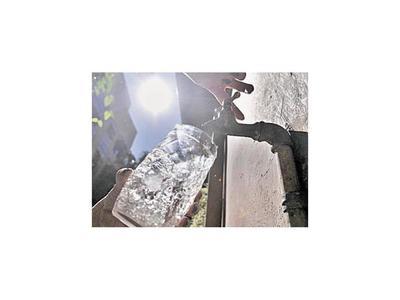 Paliarán la falta de agua con tanques en 70 puntos críticos