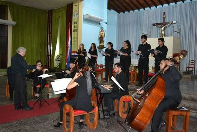 Sonidos de Paraqvaria ofreció Misa de Potosí