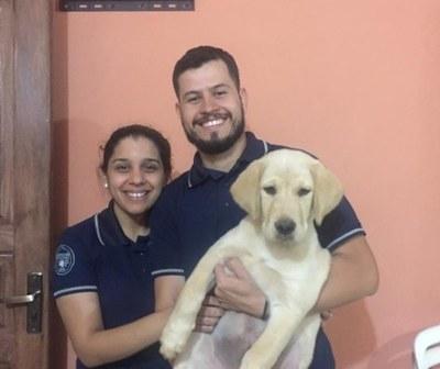 Happy volvió con su familia