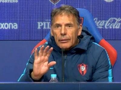 Russo deja la dirección técnica de Cerro Porteño
