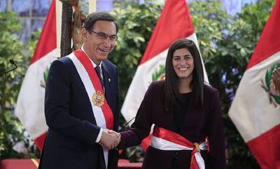 Perú nombra a nueva ministra de economía