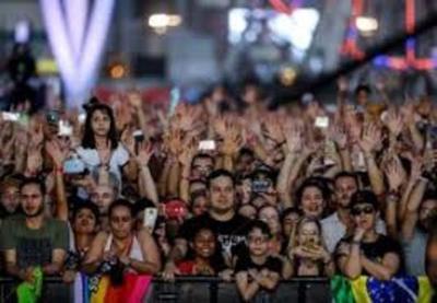 Una multitud vestida de negro se toma el Rock in Río para la jornada más metalera