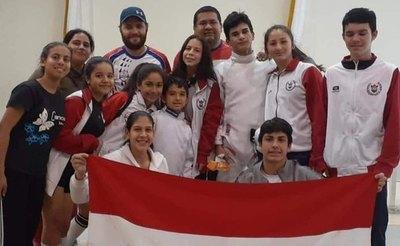 La esgrima paraguaya brilló con 4 medallas en Argentina