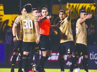 López negó que haya utilizado el VAR kañy