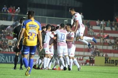 El Rayadito se reencuentra con la victoria ante Luqueño