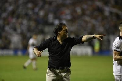 Celso Ayala asume dirección técnica de Luqueño