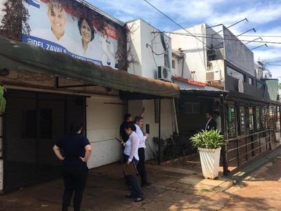 Comuna emplaza por 48 horas a concejal usurpadora a desocupar espacio público