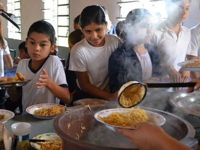 Estudian modificación de Fonacide para evitar atrasos en almuerzo escolar