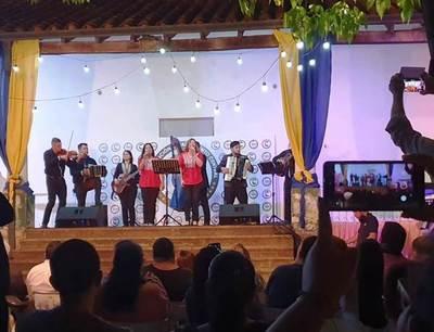 Sensacional concierto de la Orquesta Sinfónica en la Casona Julio Correa •