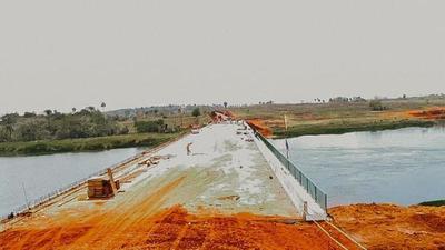 Puente Minga Guazú- Hernandarias con casi 80% de ejecución