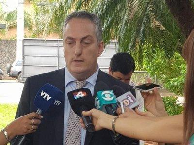 Convocan a embajador uruguayo tras huida de Arrom, Martí y Colmán