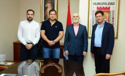 Embajador de México ofrece cooperación al intendente de CDE
