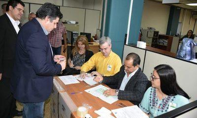 Iniciaron elecciones en la Caja Bancaria