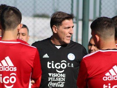 Berizzo apunta al fútbol con intensidad para medir a Serbia