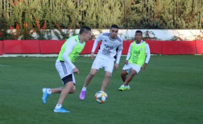 HOY / Serbia medirá el real nivel del equipo de Berizzo