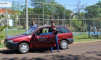 Donan automóvil a Apostar por la Vida
