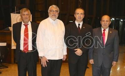 HOY / Exasesor de Lugo en Itaipú y cancillería, otro abogado al  servicio de Arrom y Martí