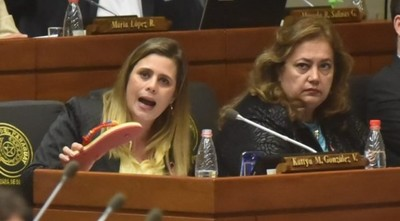 """Prevalece la """"maldita impunidad"""" en Diputados, dice Kattya González"""