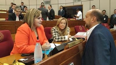 Senadora asegura que existe una red internacional que protege a secuestradores