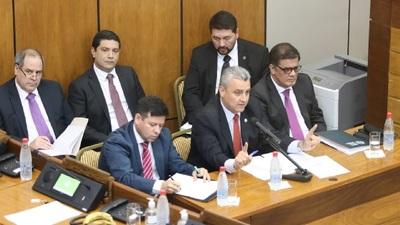 Villamayor fue interpelado en la sesión de Senadores
