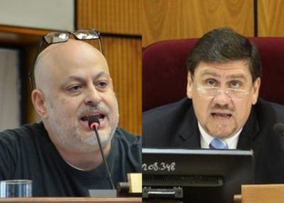 Otra de Payo: Se tomó con Llano y lo acusó de ladrón