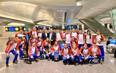 Selecciones femenina y masculina de fútbol de playa competirán en Qatar